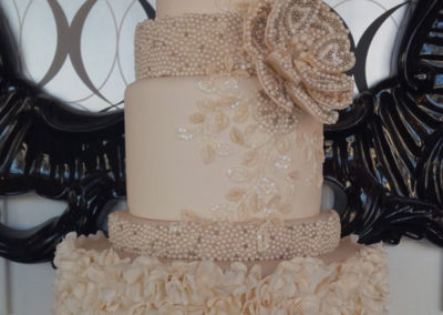 fancy-wedding-cake-kitchener