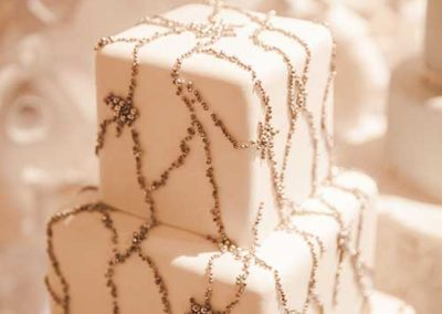 feature-decorative-beading-wedding-cake