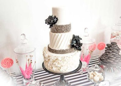 feature-wedding-dessert-table-1